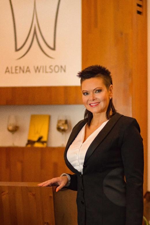 Zdeňka Frýbertová Alena Wilson