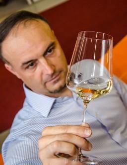 Petr Lipový – konzultant v oblasti vína, zakladatel online magazínu vineval