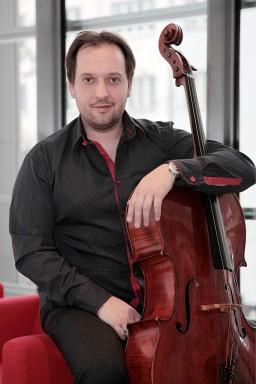 Petr Nouzovský – violoncellista
